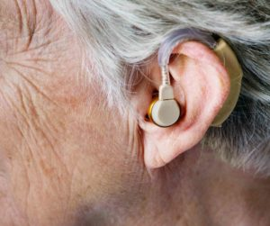 5 Signs Of Age-Induced Hearing Loss